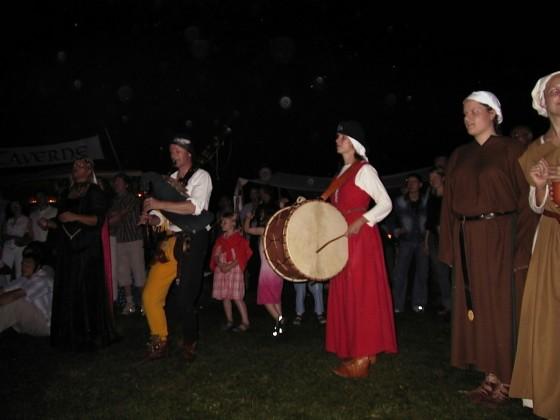 Freienfelser Ritterspiele. Mit Güttler Sack und Trommelweibe